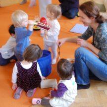 zabawy z dziećmi podczas nauki j. angielskiego