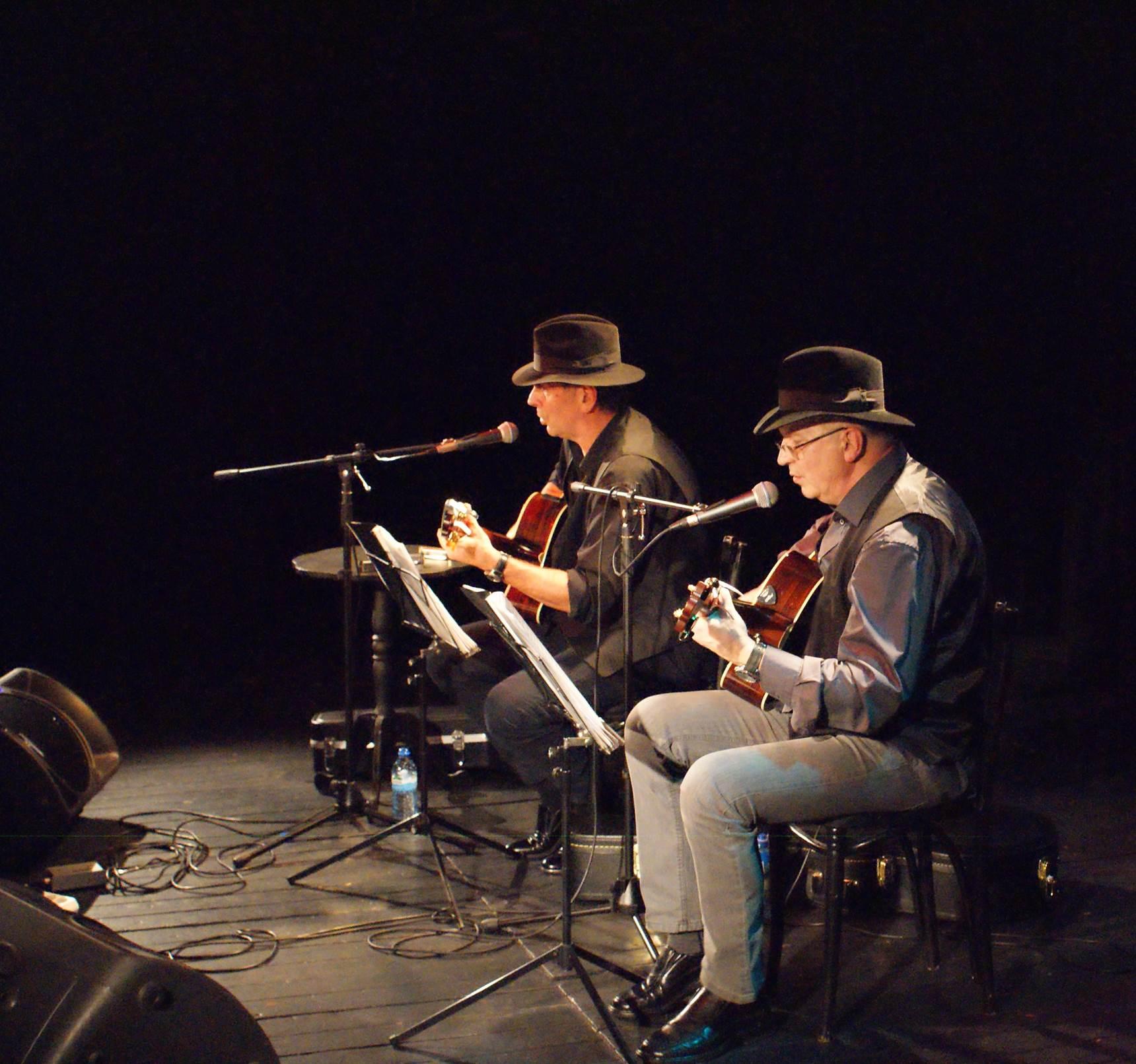 2 muzyków