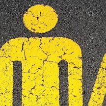 żółte postacie graficzne rodziny na szarym tle